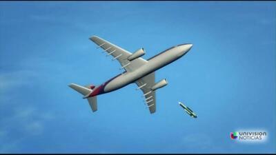 Avión de Malaysia Airlines habría sido derribado en Ucrania con 295 pasa...