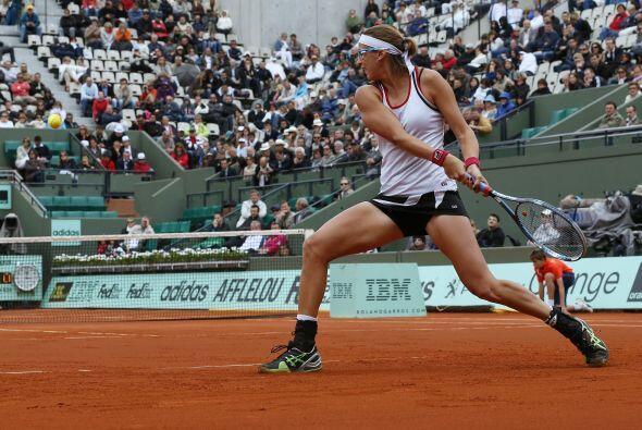 Li fue derrotada por el combativo tenis de Shvedova (foto), 142 del mund...