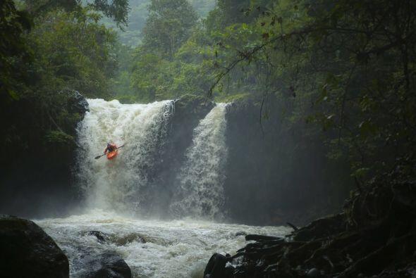 Durante la expedición, el grupo se enfrentó a los ríos Alseseca, Jalacin...
