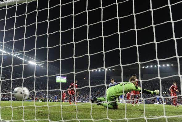 El gol de Hazard ponía al Bayern contra las cuerdas.