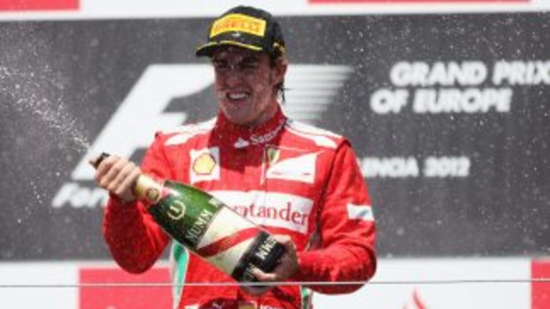 Después de una excelente carrera, el español Fernando Alonso se quedó co...