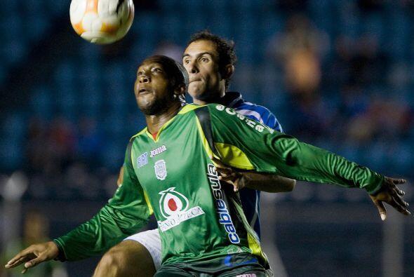 Mientras que Saúl Martínez dejó al Nacional de Montevideo para emprender...