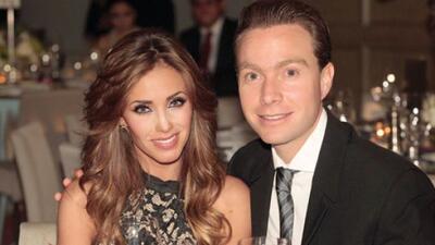 Anahí y Manuel Velasco comenzaron el año más enamor...