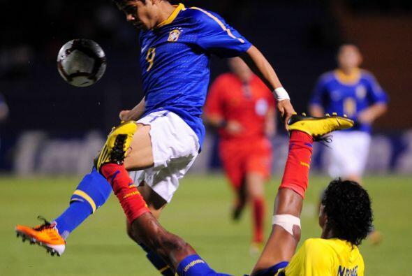 Ecuador se quedó con cuatro puntos y buscará su clasificac...