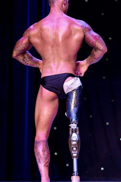 Mark perdió su pierna pero eso no lo detuvo.