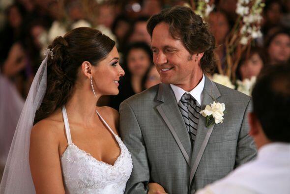Esta boda tiene dos años de atraso. O tal vez tres.