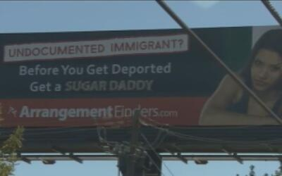 Controversia por valla que invita a inmigrantes a usar sitios de cita pa...