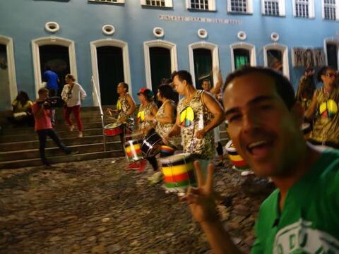 Carlos Calderón empezó la fiesta en El Salvador, la primer...