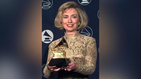 ¿Sabías que Hillary Clinton también ganó un GRAMMY?