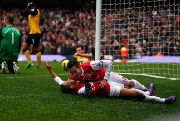 Arsenal se recuperó y se puso nuevamente en ventaja, con otro tan...