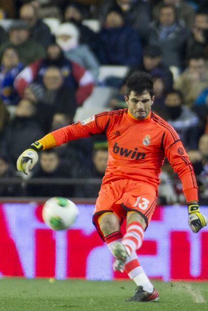 Adán volvió a tener minutos en el arco merengue tras la lesión de Casillas.