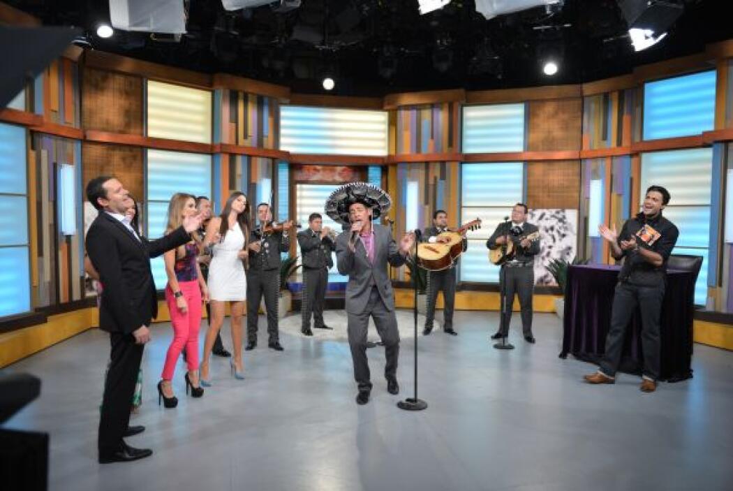'En mi viejo San Juan' fue el tema elegido por Johnny Lozada.