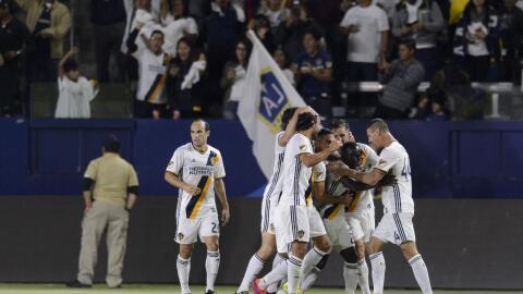 LA Galaxy celebra tras el triunfo ante Real Salt Lake en playoffs