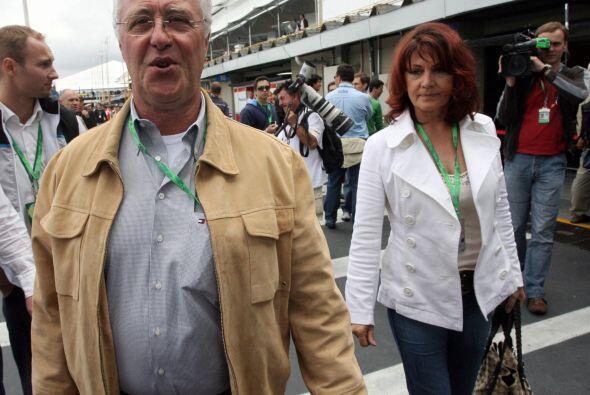 Hijo de Rolf Schumacher,  propietario de una pista de Karts, el alem&aac...
