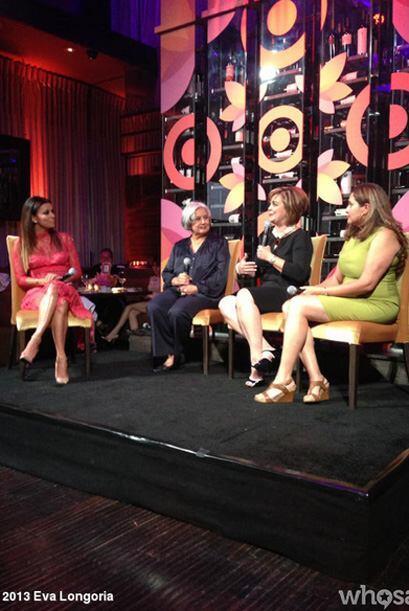 Inspirada por mujeres activistas que ayudan a las latinas, en el evento...