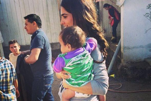 Varias fotos con bebés fueron las que publicó la conductora, acrecentand...
