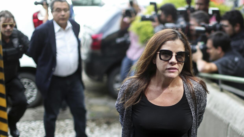 Santana fue detenido junto a su séptima mujer, Monica Moura.