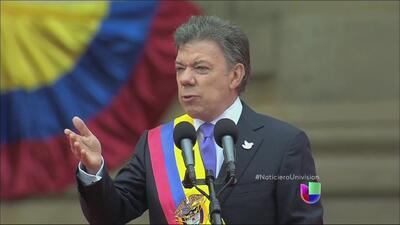 Juan Manuel Santos juró como presidente de Colombia por segunda vez