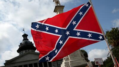 Carolina del Sur aprobó la ley para sacar la bandera confederada
