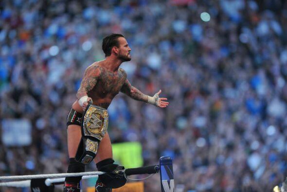 CM Punk se quedó con el cinturón que lo señala como...