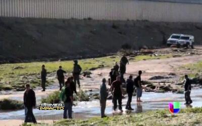 Grupo de indocumentados intentó cruzar la frontera hacia Estados Unidos...