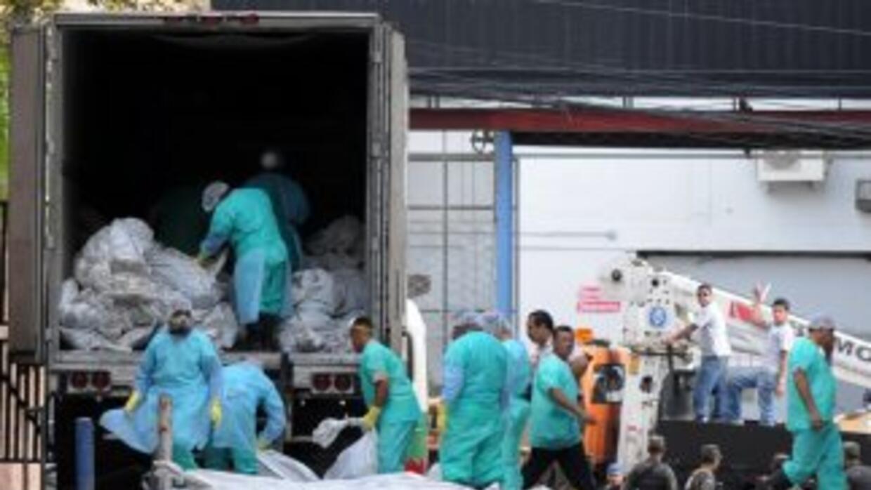 La tragedia en el penal de Comayagua dejó 361 reos muertos.