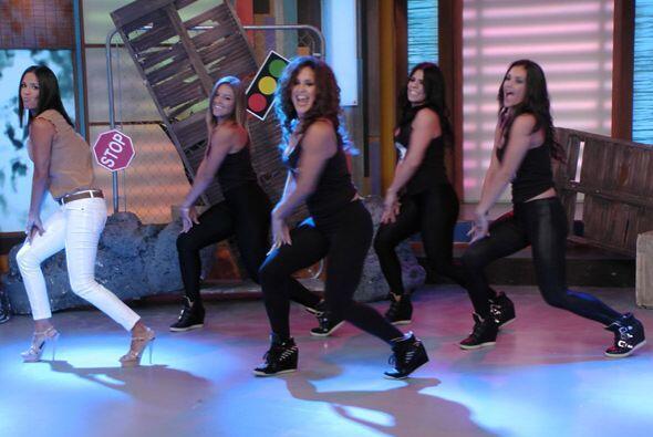 El baile se puso bueno, este ejercicio sí que nos gusta.