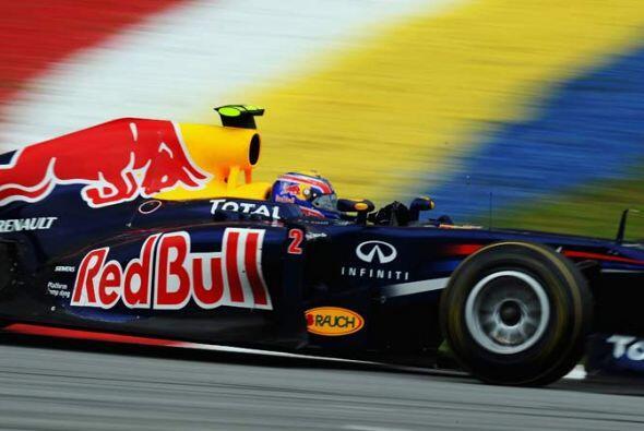 Vettel promedió una velocidad de 190,700 kilómetros por hora durante la...