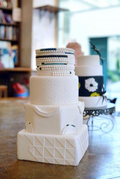 Por supuesto, el pastel de bodas también estará dentro de...
