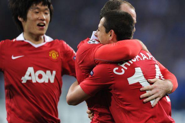 Por supuesto que lo primero que hizo Rooney fue agradecer a su compañero...