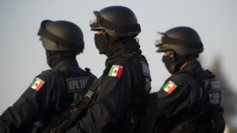 La policía investiga los crímenes de las dos mujeres para confirmar su i...