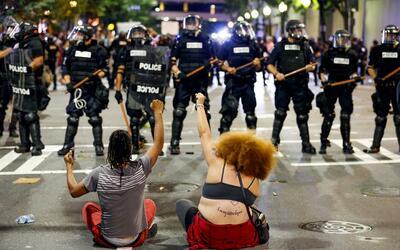Segunda jornada de protetas violentas en Charlotte.