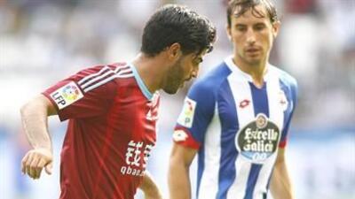 Carlos Vela saltó de titular junto a Diego Reyes en la visita a la Coruña.