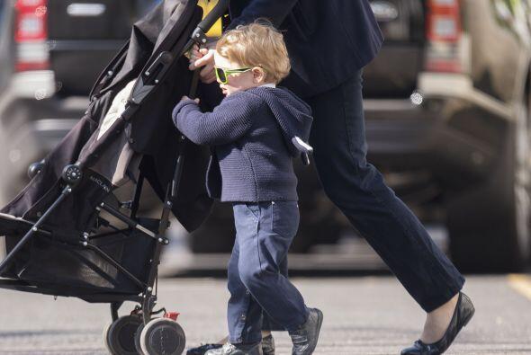 La llegada de su hermanito o hermanita tiene a George sin cuidado...