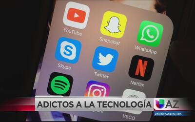 Adolescentes adictos a la tecnología