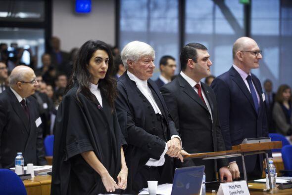 Amal durante el juicio.