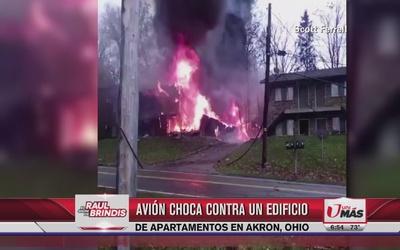 Avión choca contra edificio de departamentos en Ohio