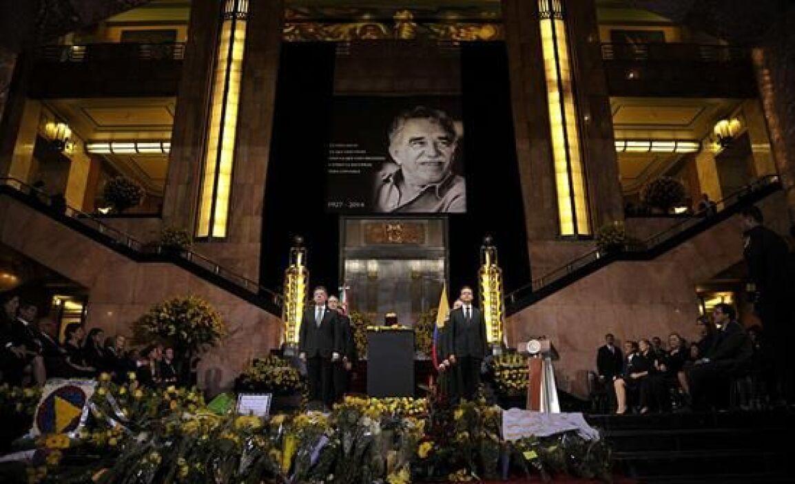 Los presidentes de México y Colombia se reunieron en Bellas Artes durant...