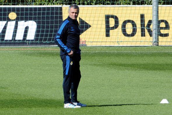 José Mourinho sabe que si quiere regresar a Inglaterra debe cumpl...
