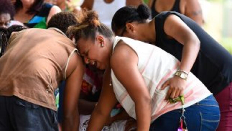 Un memorial celebrado en honor de las ocho víctimas, donde el dolor y co...