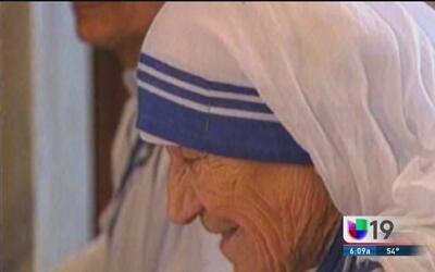 Católicos de Sacramento celebran la canonización de la madre Teresa de C...