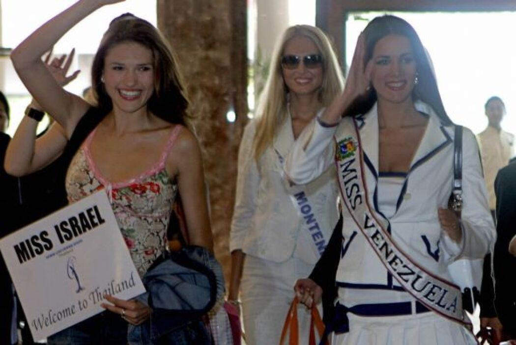 Tras ganar en Venezuela, Mónica se enfrento al certamen mundial de belleza.