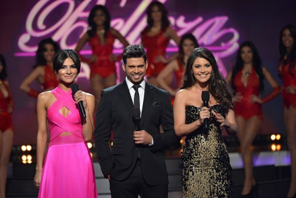Hace parte del trio de conductores junto a Alejandra Espinoza y Chiquinq...