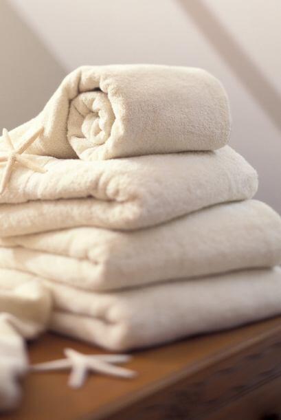Por eso puedes usar la toalla y no la vas a sentir excesivamente h&uacut...