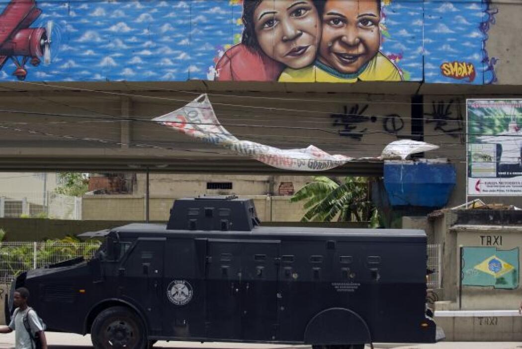 En los últimos dos años, trece favelas fueron objeto de operaciones de p...