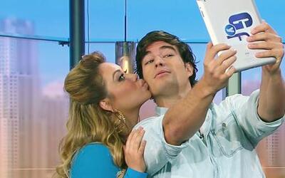 ¡Muy listillo! Danilo aprovechó para recibir un beso de Chiquis Rivera