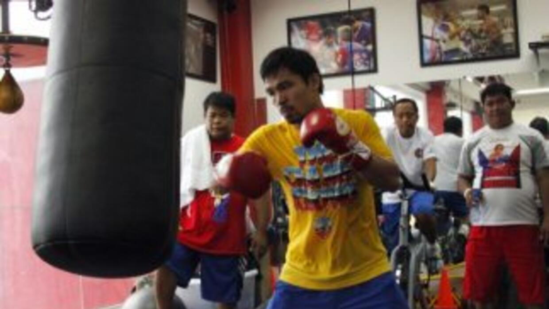 Manny Pacquiao pone en duda credibilidad de Floyd Mayweather Jr.