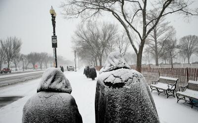Por lo menos 40 estados de EEUU están bajo amenaza de frío ártico y torm...