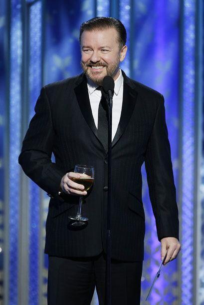 Ricky Gervais bromeó en el escenario