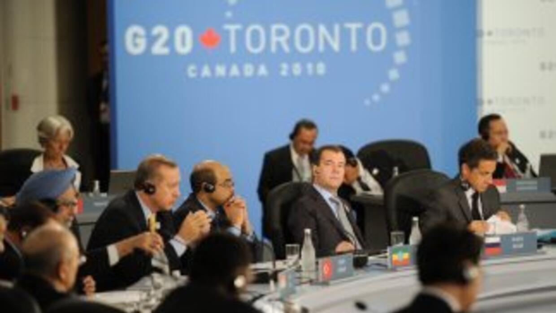 Tanto las cumbres del G-8 como la de G-20 fueron realizadas en junio de...
